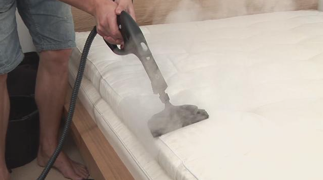How to Clean a Mattress - Tips From Professional Cleaners