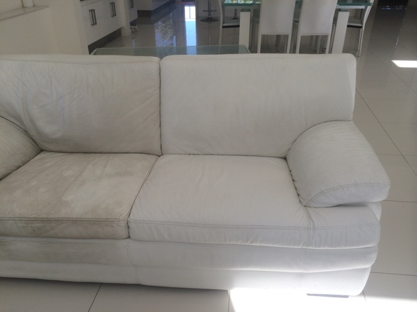 Gold Coast Upholstery Cleaning couch before and after example